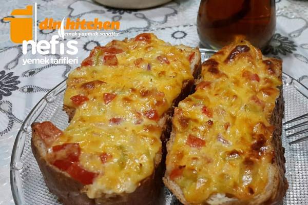 Fırında Sebzeli Ekmek Tarifi