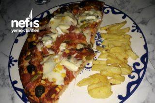 Günlerden Pizza Tarifi