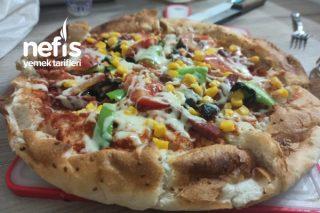 5 Dakikada Pideden Pizza Tarifi
