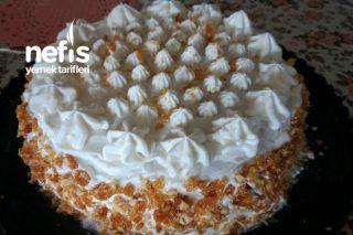 Fındık Krokanlı Beyaz Pasta Tarifi