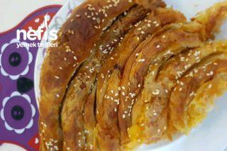 Patatesli Peynirli El Açma Börek Tarifi