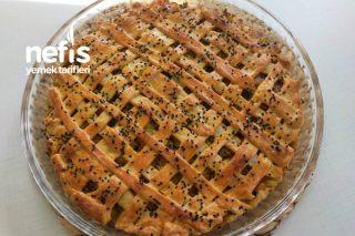 Pırasalı Tart Görünümlü Börek Tarifi