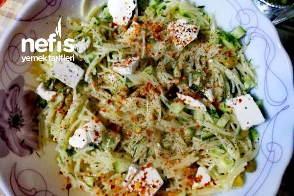 Tel Şehriye Salatası (Diyet)