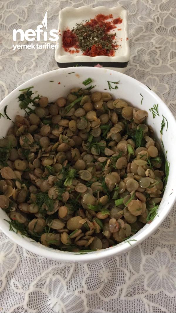 Basit Mercimek Salatası