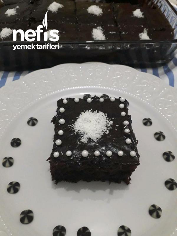 Damla Çikolatalı Islak Kek