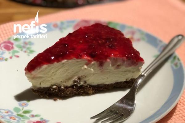 Pişmeyen Frambuazlı Ve Böğürtlenli Cheesecake Tarifi