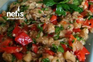 Köz Biberli Köz Patlıcanlı Gün Salatası Tarifi