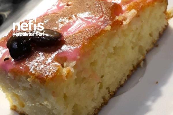 Kremalı Elmalı Kek (Gıda Boyalı) Tarifi