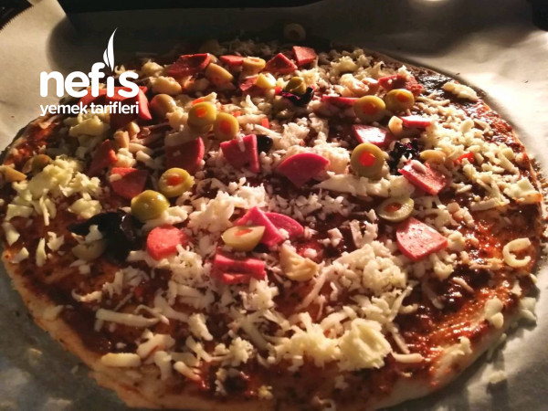 Nefis Ev Yapımı Pizza