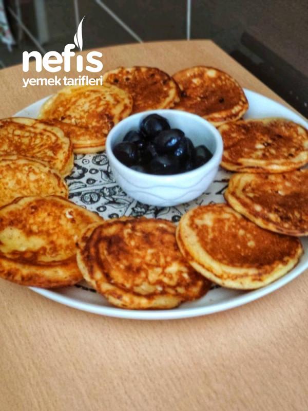 Sabah Kahvaltısı Peynirli Pankek
