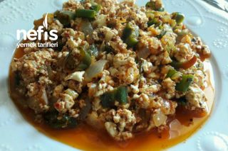 Sahura Kahvaltıya Peynir Kavurması Tarifi
