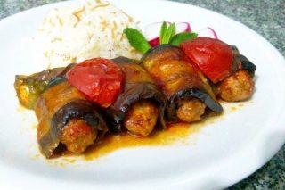 Tavuk Köfteli Patlıcan Sarma Tarifi