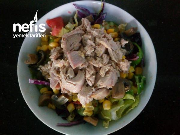 Ton Balıklı Mantarlı Salata