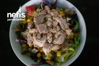 Ton Balıklı Mantarlı Salata Tarifi