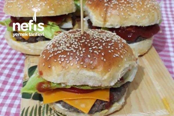 Ekmeği Ve Köftesiyle Hamburger Tarifi