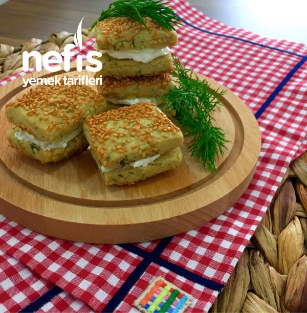Peynirli Tuzlu Atıştırmalık Kurabiye