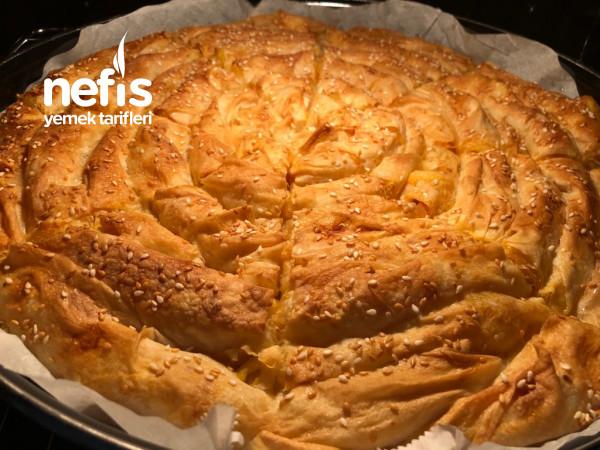 Hazır Yufkadan Patatesli Kol Böreği