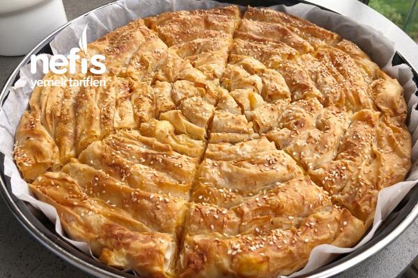 Hazır Yufkadan Patatesli Kol Böreği (videolu)