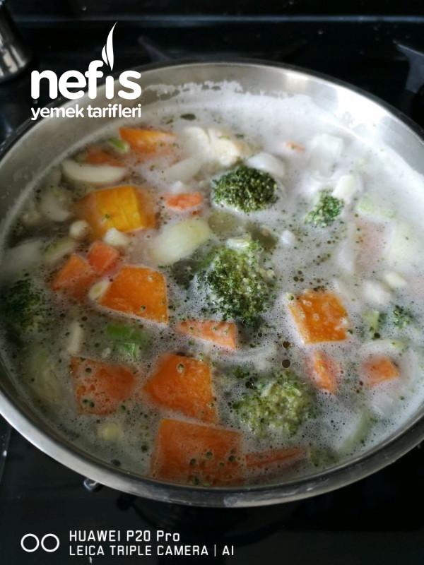 Bol Vitaminli Sebze Çorbası (Çocuklarımıza Özel)