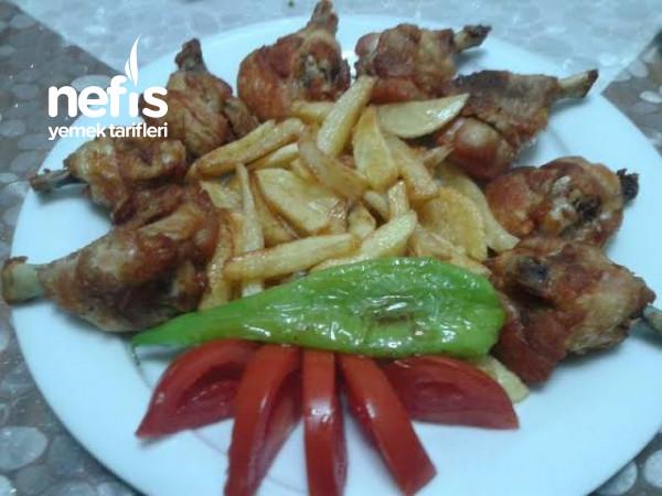 En Sade Halıyle Lezzetlı Tavuk Baget Ve Patates Kızartması