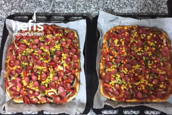 Pratik ve Lezzetli Pizza Yapımı Tarifi