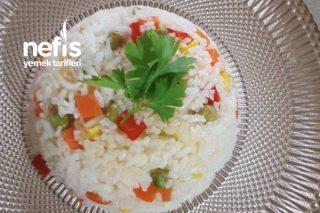 Rengarenk Sebzeli Pirinç Pilavı Tarifi