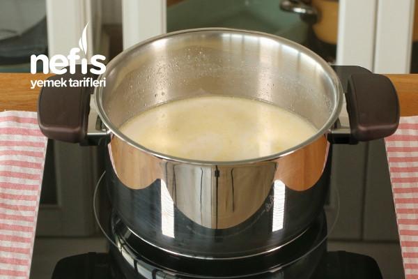 Sütlü Mısır Çorbası (Kesinlikle Deneyin)