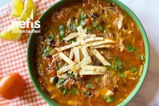 Doyurucu Bir Tavuk Çorbası-Chicken Tortilla Soup Tarifi