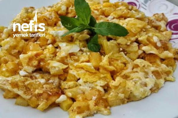 Sahurlarınızı Şenlendirecek Harika Tarifim Patatesli Yumurta