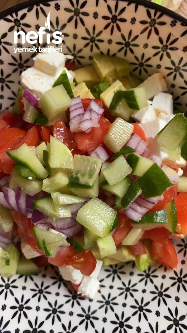 Avokado Salatasi