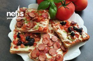 Çoçukların Efsanesi Şipşak Pizza Tost Tarifi