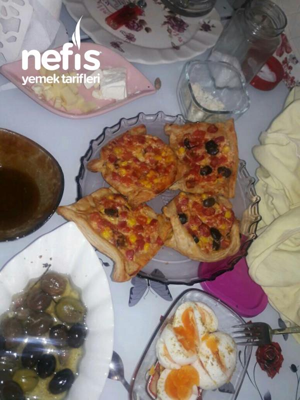 Minik Pizzalar (Milföy Pizza)