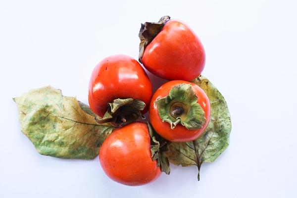 Cennet Hurması Kalori ve Besin Değerleri Tarifi