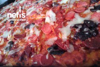 Evde Enfes Pizza Tarifi