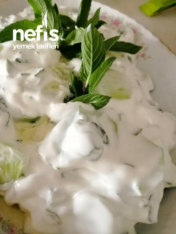 Naneli Dereotlu Salatalık Mezesi