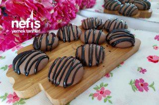 3 Malzemeli Çikolatalı Kurabiye (Dışı Çıtır Çıtır İçi Yumuşacık) Tarifi