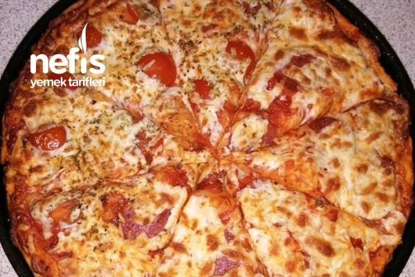 İtalyan Pizzası Tarifi