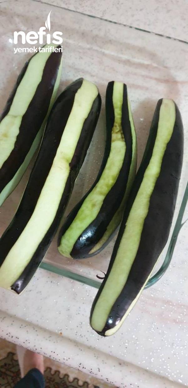 Kızartmadan Kızartma Tadında Patlıcan Musakka