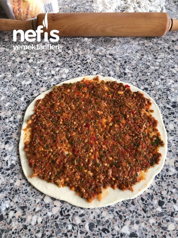 Pizza Tavasında Lahmacun