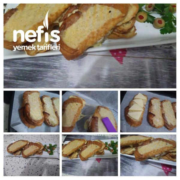 Tost Makinesinde Yumurtalı Peynirli Ekmek