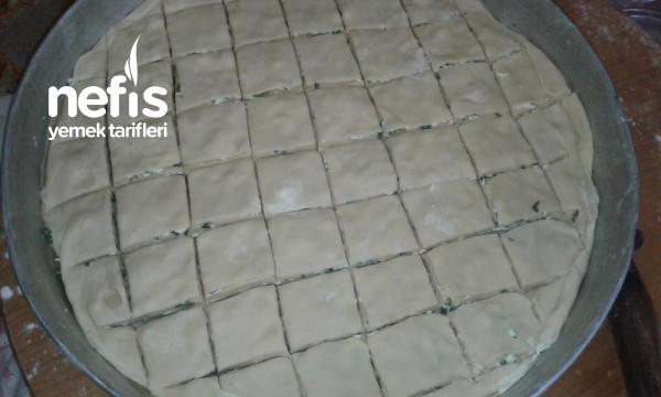 Ev Yapımı Peynirli Börek (60 Katlı)