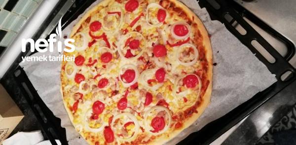 Tavuklu Barbekü Soslu Pizza