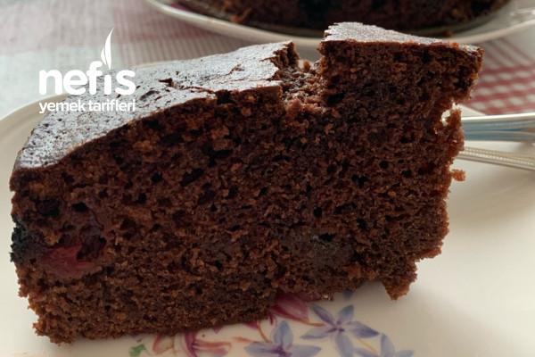 Vişneli Beyaz Çikolatalı Kek Tarifi