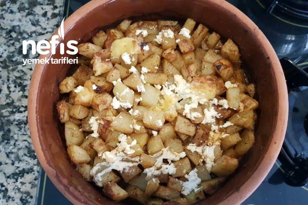 Fırında Peynirli Baharatlı Patates Tarifi