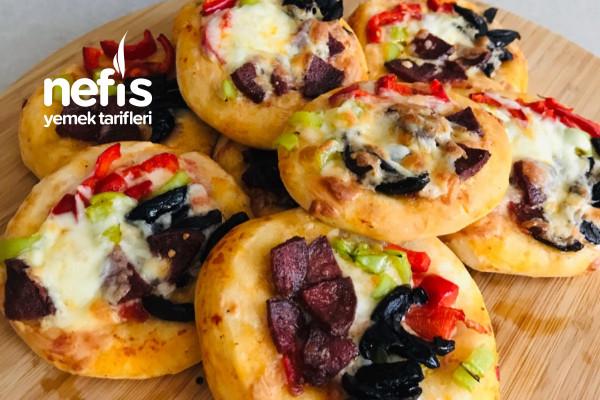 Minik Pizza Tarifi