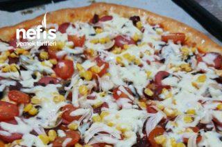 Pizza(Kenarı Kaşar Dolgulu) Tarifi