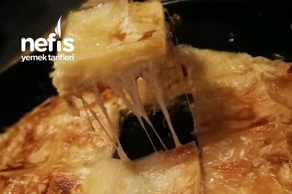 Akışkan Peynirli Pastırmalı Meşhur Adana Böreği Tarifi