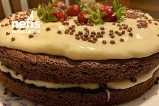 Çilekli Çikolatalı Pasta Tarifi