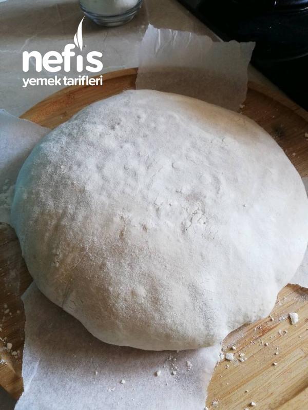 Ekşi Mayalı Ekmek (Dolabınızda Ekşi Mayanız Hazır İse Mutlaka Bu Ekmeği Yapmalısınız)