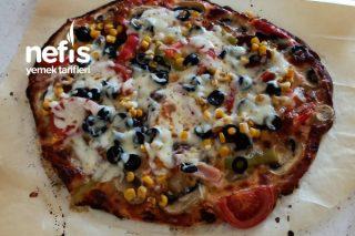 İncecik Ve Enfes Pizza   Sevenler İçin, Çok Güzel Ve Lezzetli Tarif Burda. Tarifi